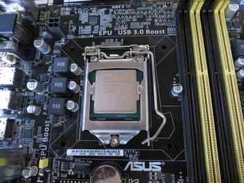 CPU装着完了